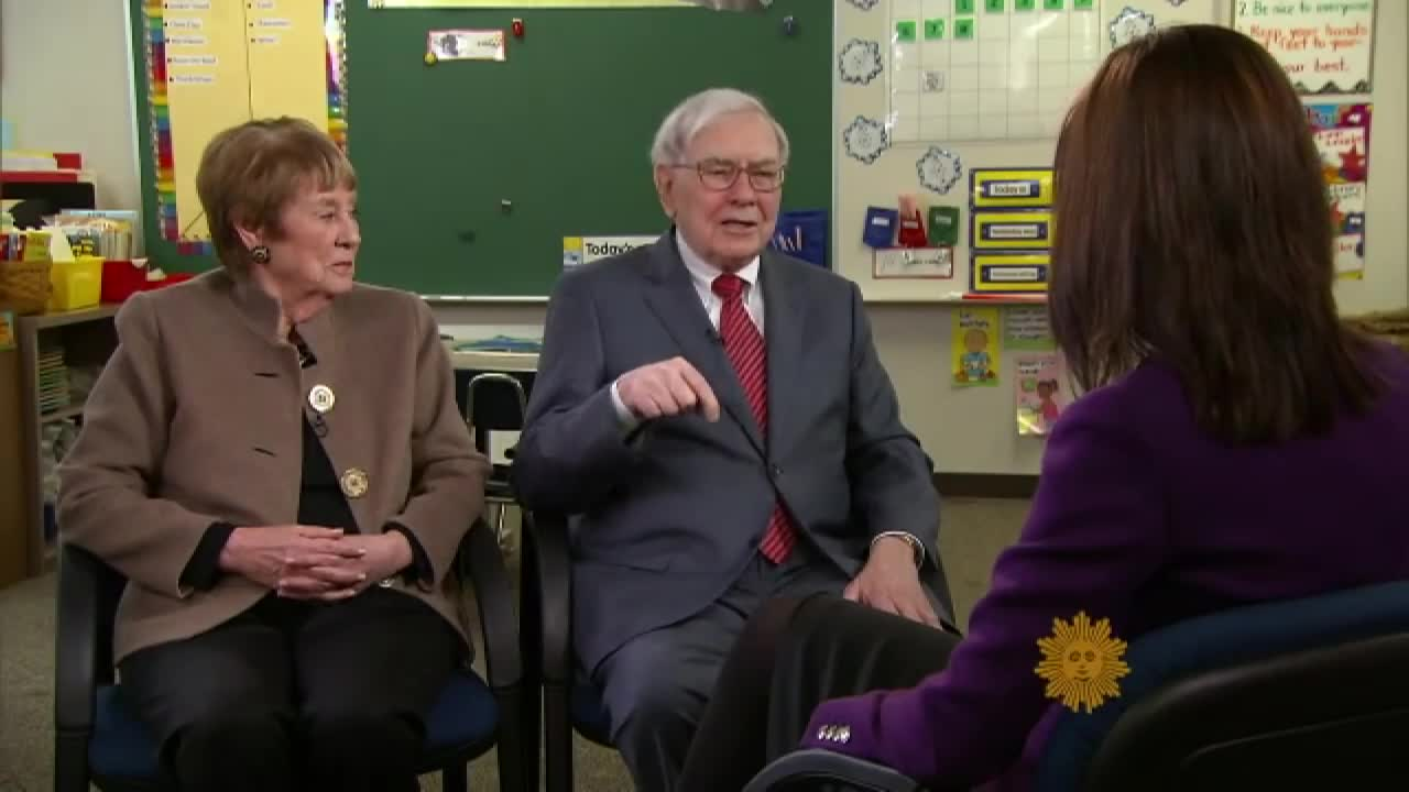 Warren Buffett: Just a regular billionaire | CBS News